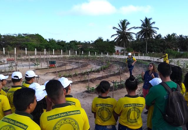 Camila explaining the importance of plant care2
